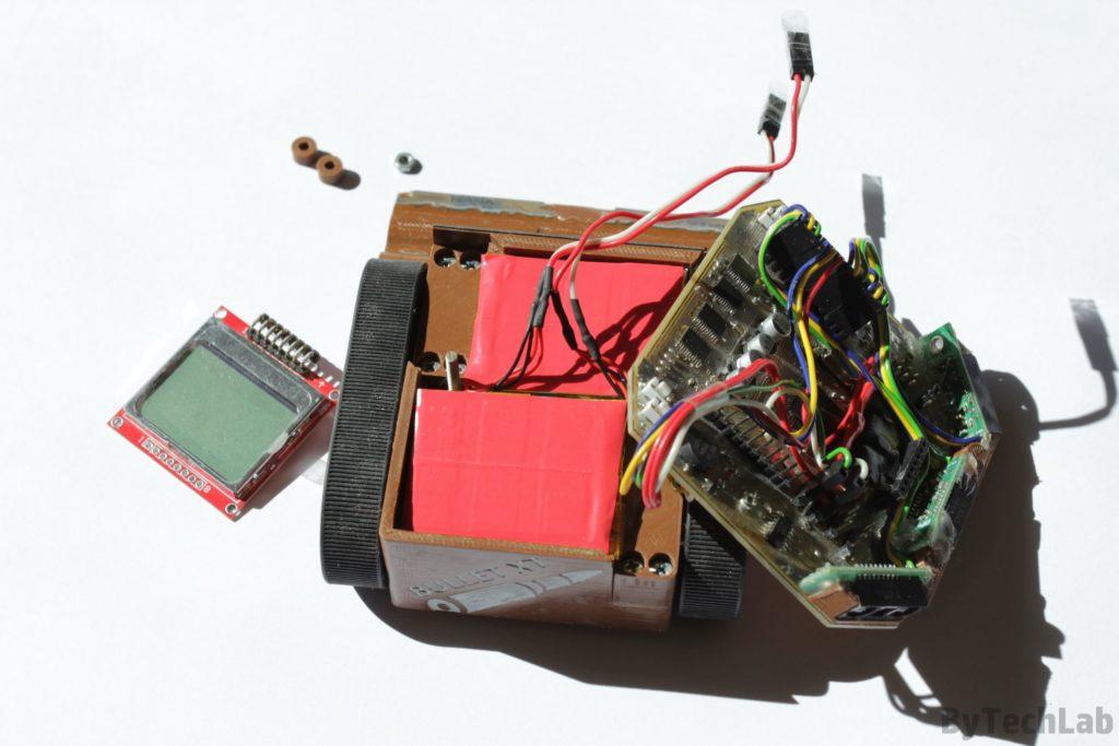 Minisumo BULLET XT -Widok na ułożenie baterii