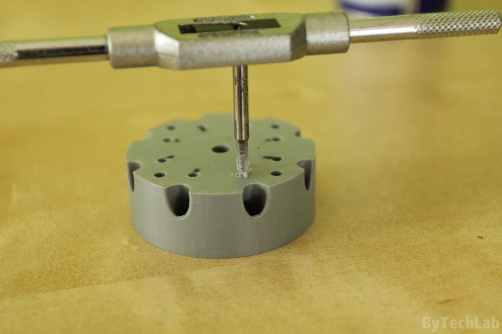 Discone antenna - Tapping holes for screws that hold aluminium rods