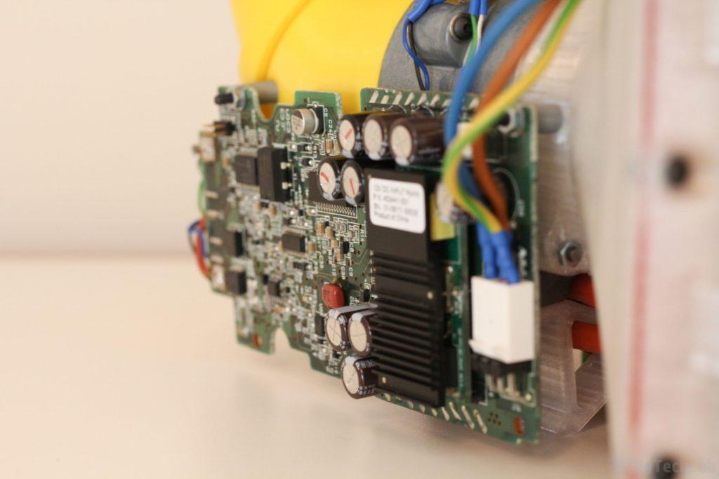 Air filtering unit & pressure suit (COVID-19) - Motor driver PCB 1
